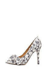 Poppy Calfskin Leather Pumps in Beige Python