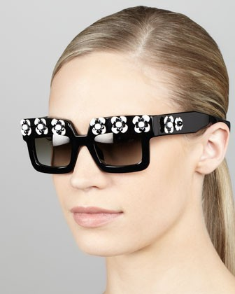 Flower Square Sunglasses, Black/White
