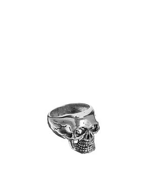 XXL Hardware Skull Ring