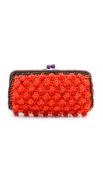 Solid Rafia Clutch