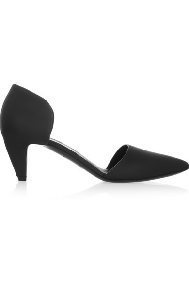 Rubberized leather pumps