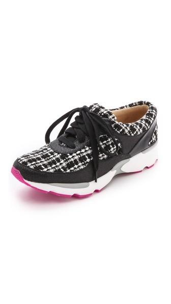 Run Walk Sneakers