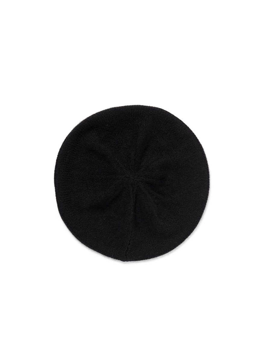 Cashere knit beret