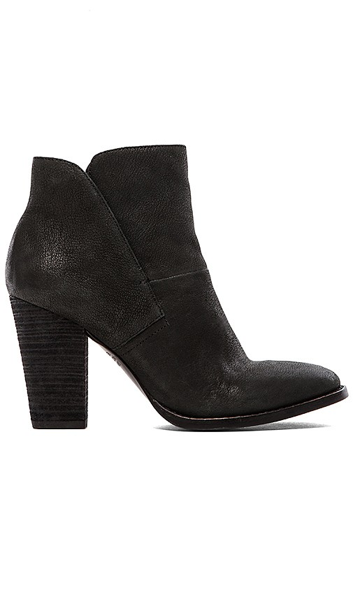Vince Camuto Ristin Bootie