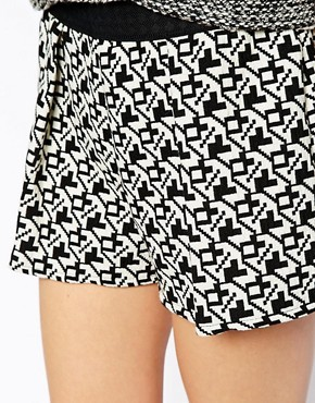 Pull&Bear Knitted Aztec Shorts