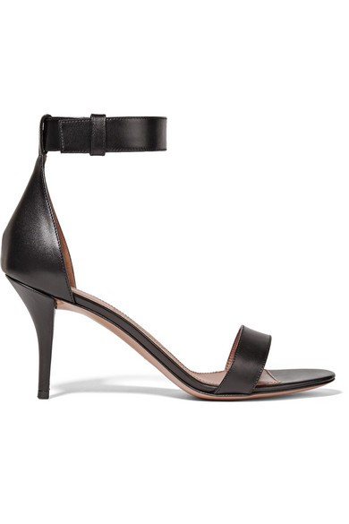 Retra sandals in black leather