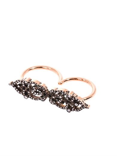 Diamond & gold double finger ring