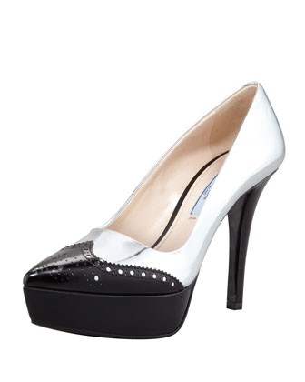 Bicolor Metallic Wing-Tip Pump, Silver/Black