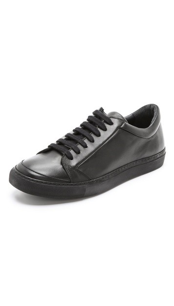 Sportsman Low Sneakers