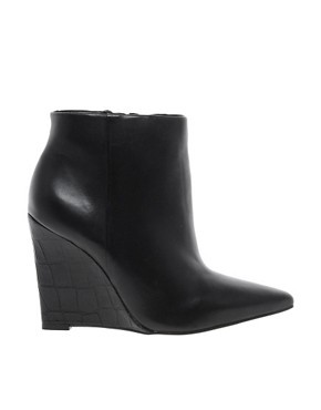 Carvela Share Leather Slim Wedge Pointed Ankle Boots