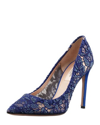 Crystal-Embellished Lace Pointy Pump, Blue