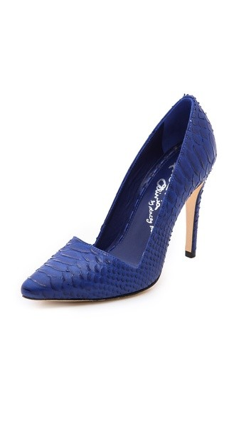 Dina Pumps