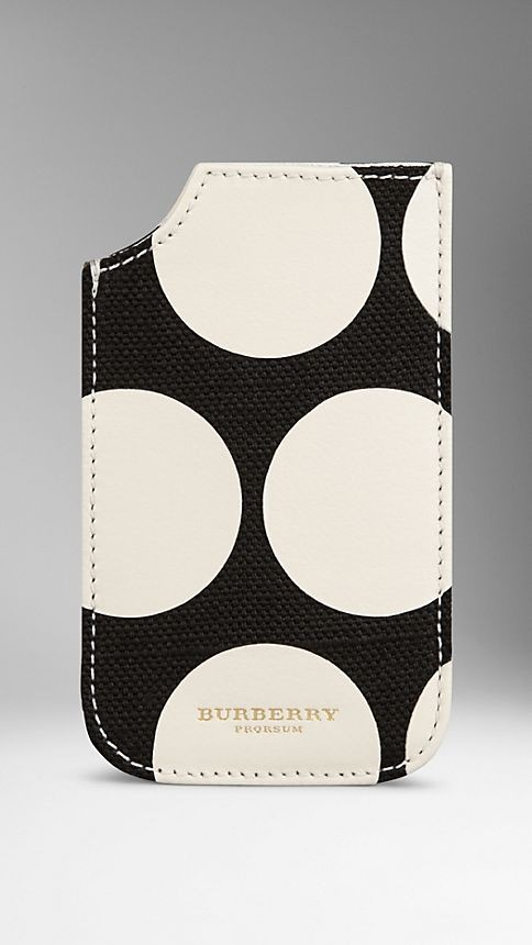 iPhone 5/5s Case in Canvas and Leather Dots
