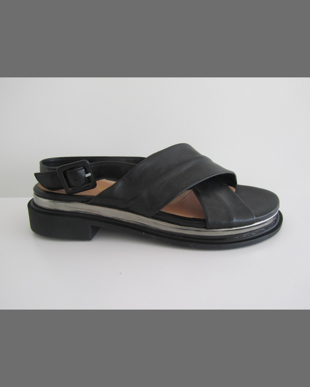 Caliba Chunky Crisscross Sandal - Robert Clergerie - Black (10 1/2B)