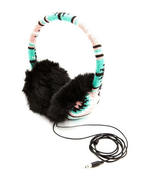 AZTEC KNIT EARMUFF HEADPHONES by Charlotte Russe