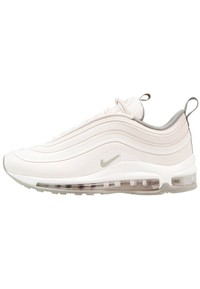 303dc6dc4052  SHOPPING   5 OF THE BEST TRAINERS I OWN AND THE NEXT ONES I AM BUYING