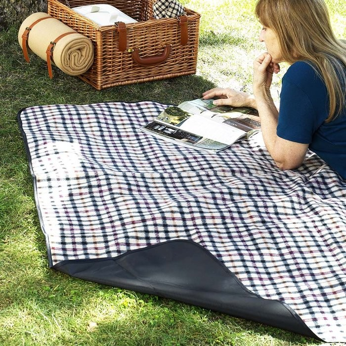 Retro Picnic Inspiration