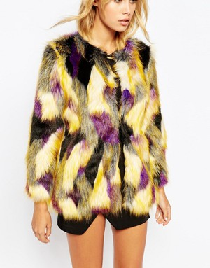 a1d9ff128a626 Winter Coats under €100  Faux Fur - Ciara O  Doherty