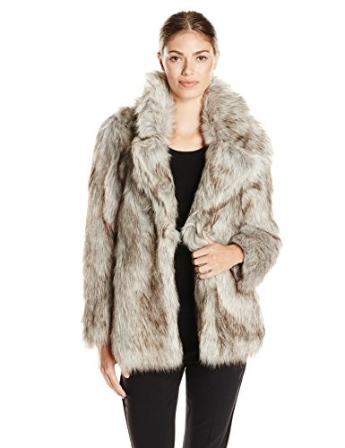 One Thing to Buy on Sale: Fur Coat – Fashion Trends and Street