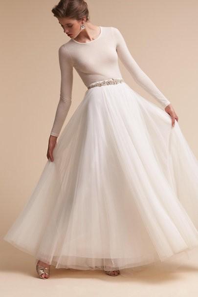 21 ridiculously stunning long sleeved wedding dresses shop long sleeve wedding dresses junglespirit Choice Image