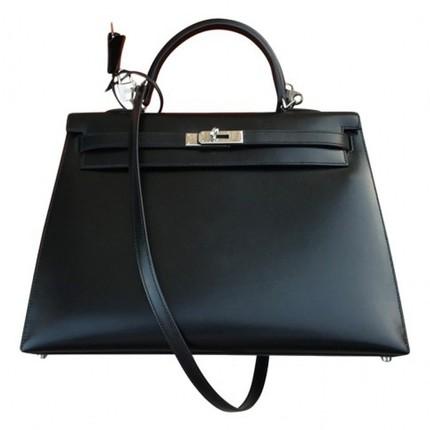 fe6769429f Bien sur il n' y a pas de règle, chaque vendeur a sa propre version et  d'autres ont réussi à avoir leurs sacs sans passer par la case rendez-vous.