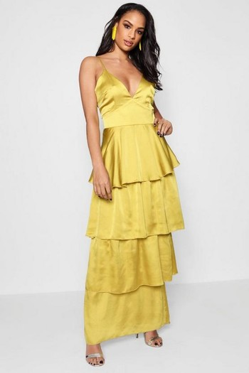 d41c1faeb57 ... definitely a dress you could wear over   over again – such great value!  I also really like this similar pink option   this off the shoulder nude  dress.