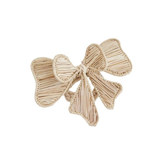 wicker and rattan accents bow