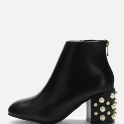 Faux Pearl Decorated Ankle Boots | SHEIN