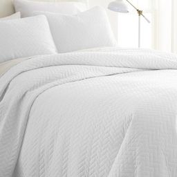 Home Spun Premium Ultra Soft Herring Pattern Quilted Twin Coverlet Set - White   Nordstrom Rack