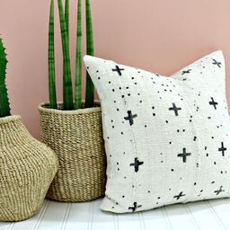 White Mud Cloth Pillow Cover / Black Mudcloth Decorative Throw Cushion Plus Cross Positive Global...   Etsy (US)