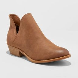 Women's Nora V-Cut Ankle Booties - Universal Thread™ | Target