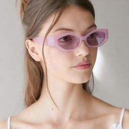 Mae Chunky Oval Sunglasses   Urban Outfitters (US and RoW)
