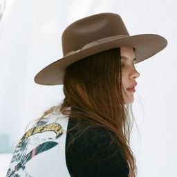UO Flat Brim Felt Fedora Hat   Urban Outfitters (US and RoW)