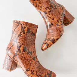 UO Alana Snakeskin Boot | Urban Outfitters (US and RoW)