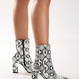 Snakeskin Print Chunky Heel Side Zipper Boots   SHEIN