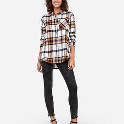plaid horn button boyfriend flannel shirt | Express