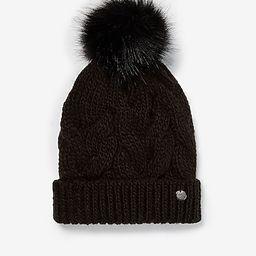 cozy cable knit pom beanie | Express