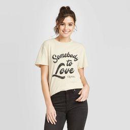 Women's Queen Somebody to Love Short Sleeve T-Shirt (Juniors') - Tan   Target