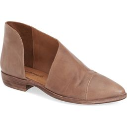 'Royale' Pointy Toe Flat | Nordstrom