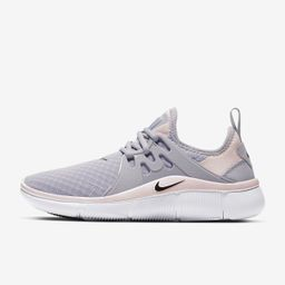 Nike Acalme   Nike (US)