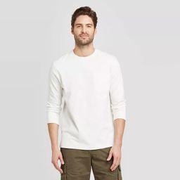 Men's Standard Fit Long Sleeve Crew Neck T-Shirt - Goodfellow & Co™ | Target