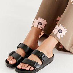 Birkenstock Arizona Black EVA Sandals | Urban Outfitters (EU)