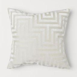 Velvet cushion cover | H&M (UK, IE, MY, IN, SG, PH, TW, HK, KR)