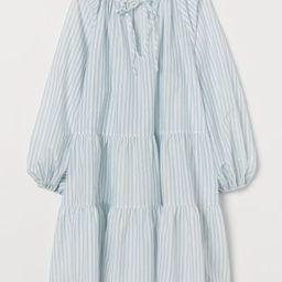 Puff-sleeved dress | H&M (UK, IE, MY, IN, SG, PH, TW, HK, KR)