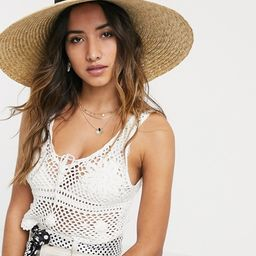 ASOS DESIGN curved crown flat brim natural straw hat with bow and size adjuster in black | ASOS (Global)