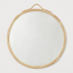 Round mirror with a handmade rattan frame and an eyelet at the top for hanging. Screws not includ...   H&M (UK, IE, MY, IN, SG, PH, TW, HK, KR)