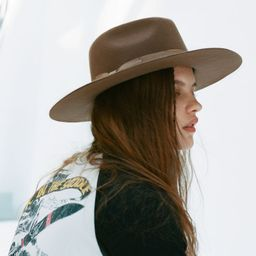 UO Flat Brim Felt Fedora | Urban Outfitters (US and RoW)