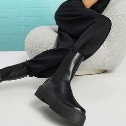 ASOS DESIGN Alana chunky chelsea boots in black | ASOS (Global)