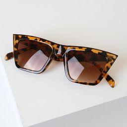 Toni Tortoise Sunglasses | Lulus (US)