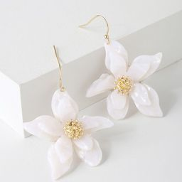 Riya Gold and White Flower Earrings | Lulus (US)